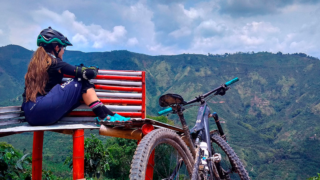 Cross country tours in Colombia